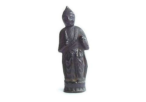 金銅仏の菩薩立像